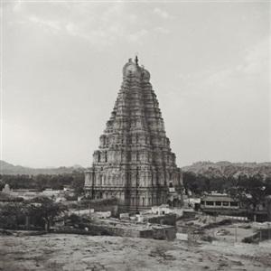 varanasi, india [india #7] by lynn davis